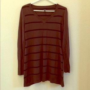 Apt 9 V-neck sweater tunic size M